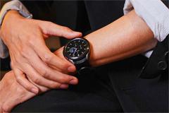 galaxy-watch4-lebih-praktis-dengan-esim