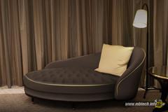 sofa-klasik-ala-kamar-hotel-bintang-5
